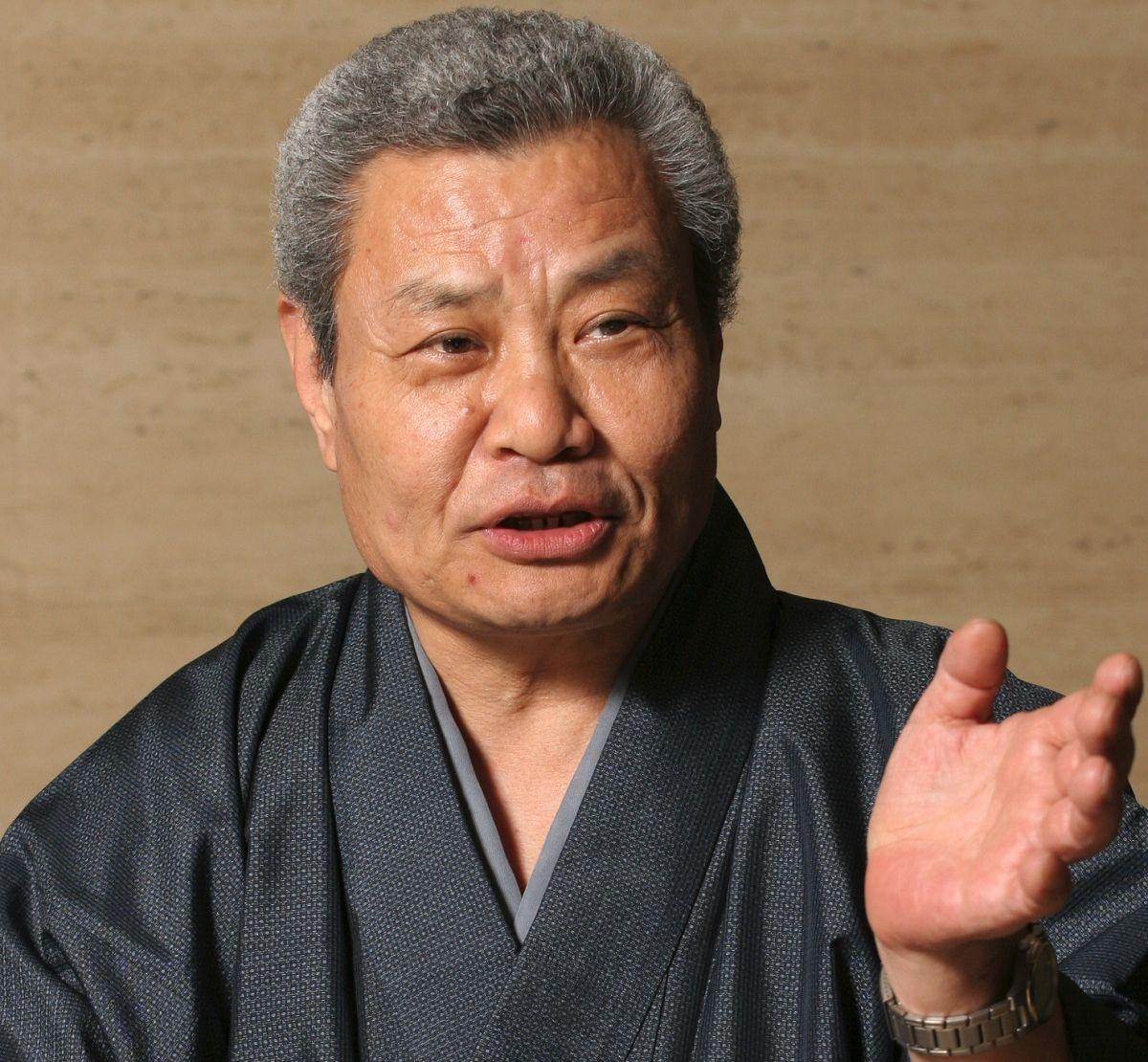 写真・図版 : 浪曲界を代表する存在だった玉川福太郎さん。豪快な節回しとたんかに加え、愛敬もある正統派の芸で幅広い人気を集めた(2005年撮影)