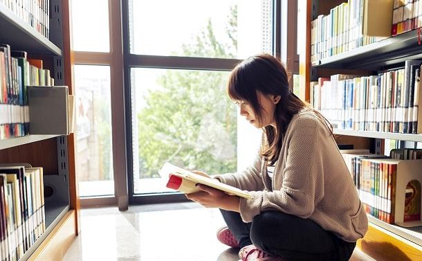 「中高生のためのワタシの一行大賞」には読書の自由さが漲っている