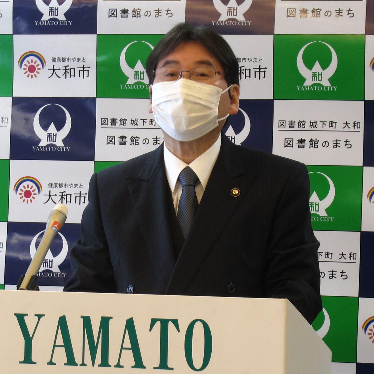 写真・図版 : 神奈川県大和市の大木哲市長(無所属、4期目)。歯科医師でもある