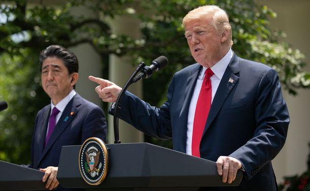 「日米同盟基軸」でも他国にヘッジをかける日本