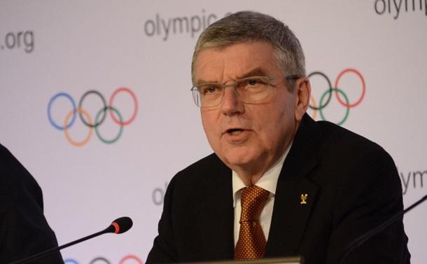 東京五輪は中止すべきだ――感染拡大、選手の安全、治療薬・ワクチン開発