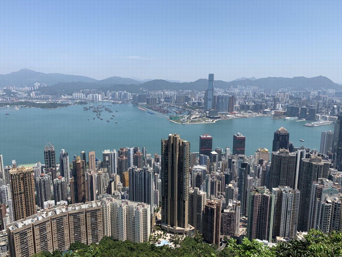 写真・図版 : ピークから見渡す香港の眺め