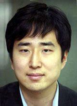 写真・図版 : 東亜日報パリ特派員のキム・ユンジョン記者