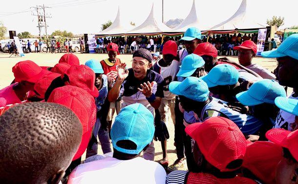 南スーダン野球団を市民にお披露目。思わず目頭が熱く……