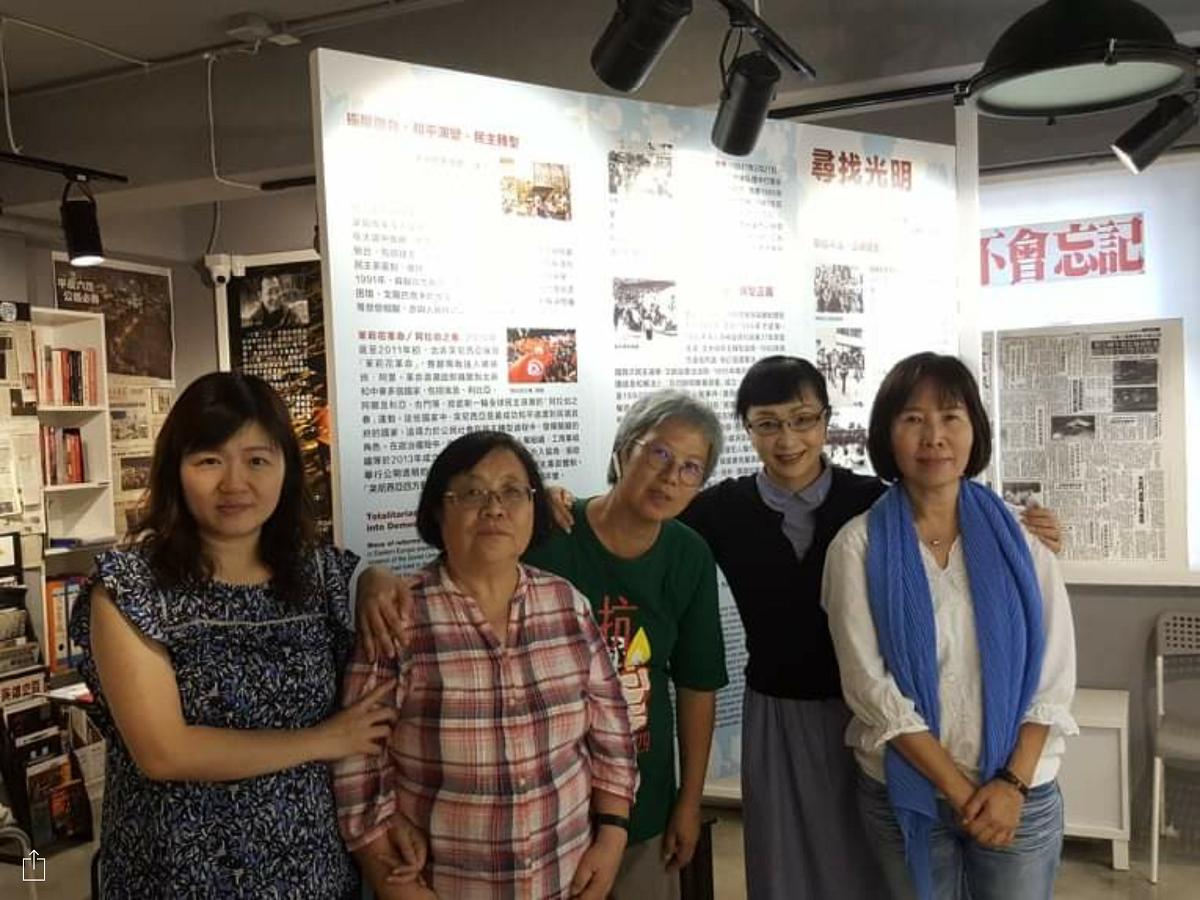 写真・図版 : 六四天安門事件記念館にて=香港・旺角、筆者提供