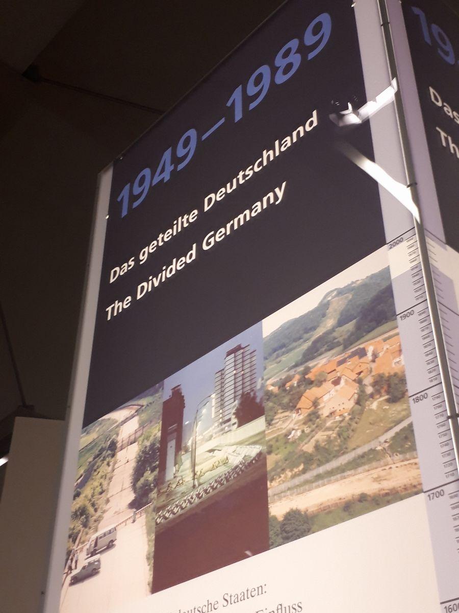 写真・図版 : ベルリンの国立ドイツ歴史博物館の展示