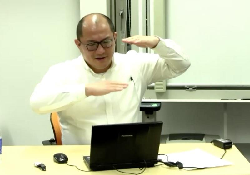 写真・図版 : ZOOMを使って開かれた西浦博北大教授による勉強会「実効再生産数とその周辺」