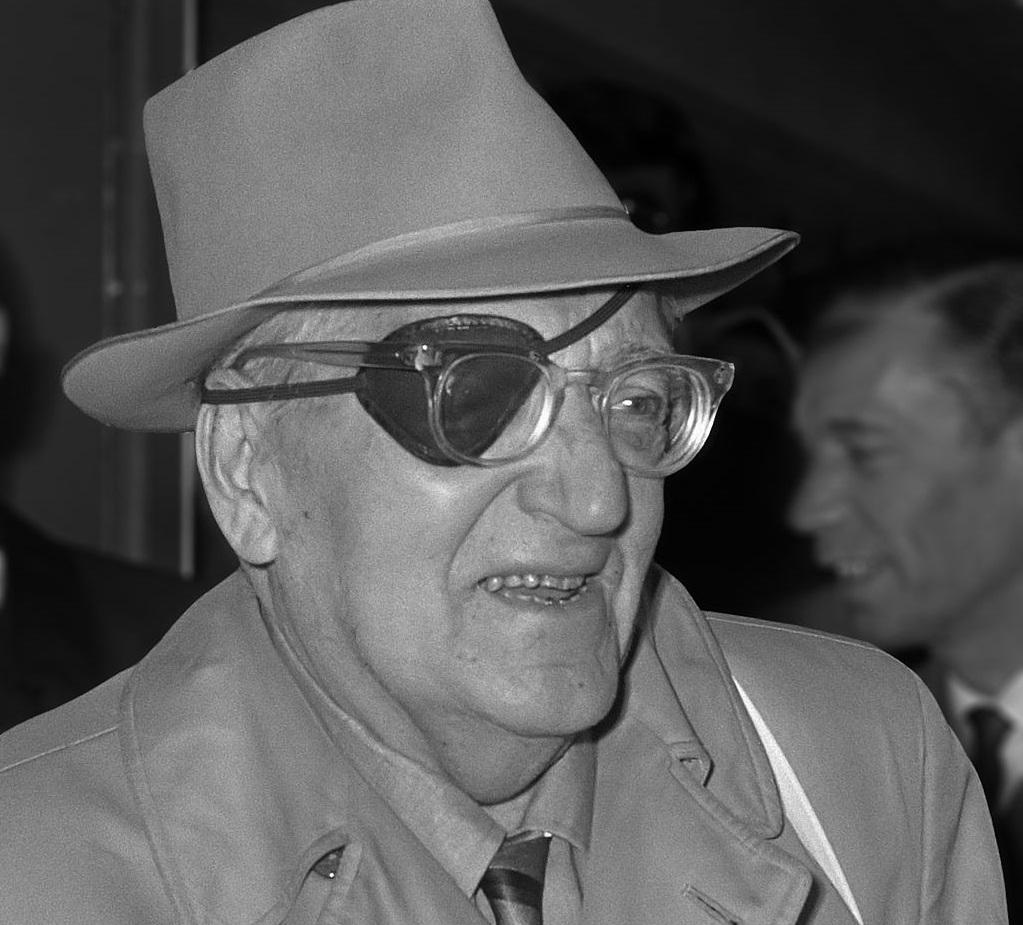 写真・図版 : フリッツ・ラング監督 https://commons.wikimedia.org/wiki