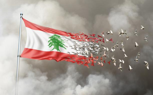 レバノン大爆発。マクロン仏大統領の支援要請は国際的連帯か内政干渉か