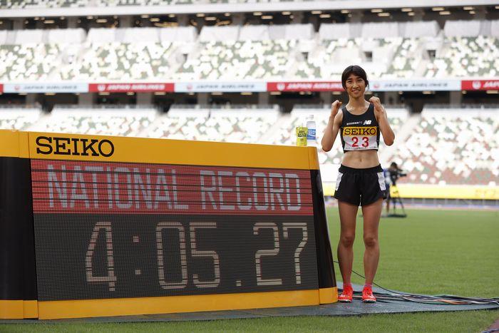写真・図版 : 女子1500メートルで日本記録を更新した田中希実=2020年8月23日、国立競技場、池田良撮影