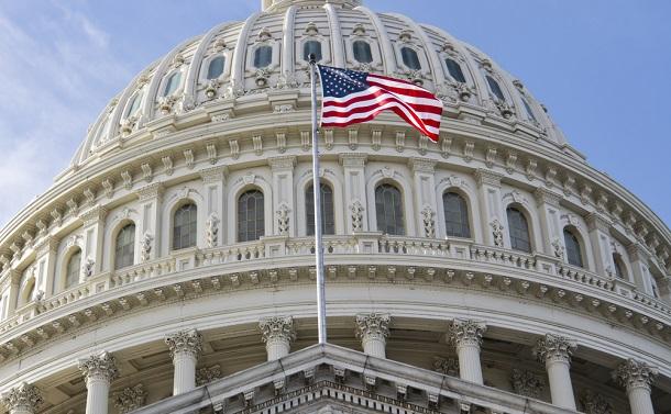 米国政治を占うメルクマールはロビイストとの「距離」
