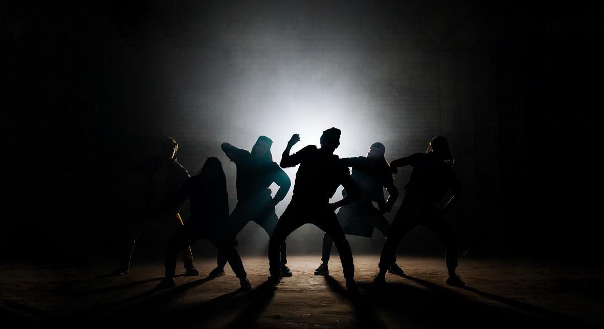 写真・図版 : UfaBizPhoto/Shutterstock.com