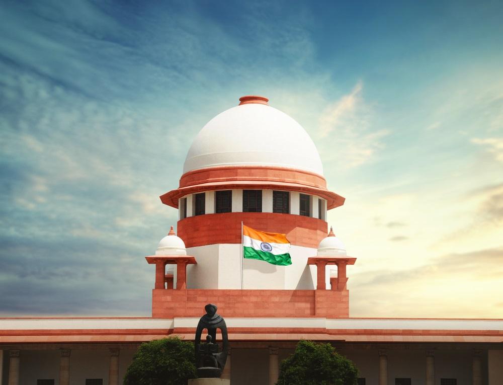 写真・図版 : インド最高裁 Shutterstock.com