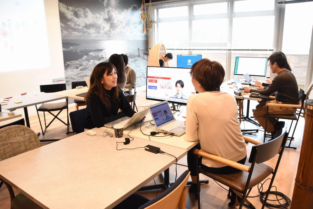 ワーケーションの場とするため、三菱地所が借りた「ITビジネスオフィス」内の部屋=2019年1月10日、和歌山県白浜町