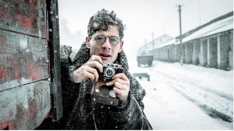 映画『赤い闇 スターリンの冷たい大地で』