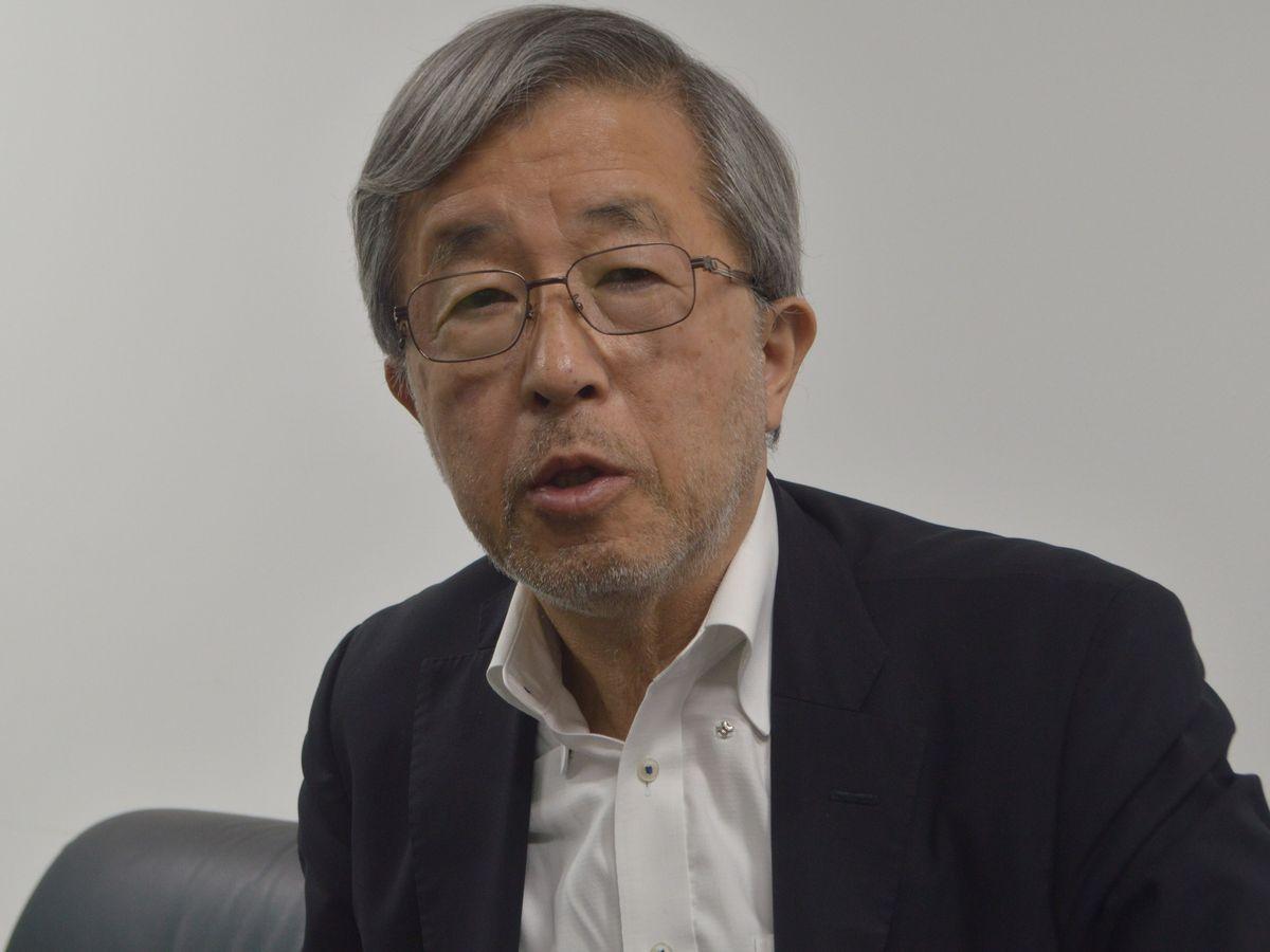 写真・図版 : 取材に応じる元インドネシア大使の飯村氏=10月、東京都内。藤田撮影