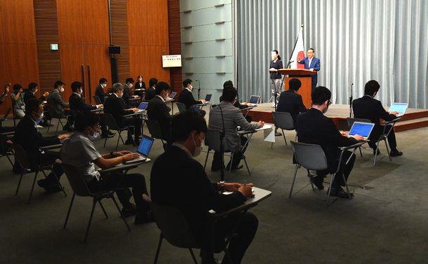「オフレコ懇談会」を問い直す~菅首相と官邸記者の「パンケーキ朝食会」を機に
