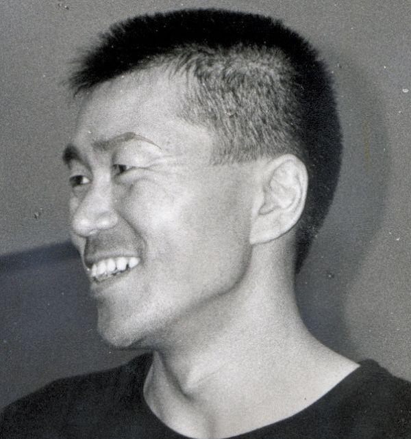 写真・図版 : 平田満=1988年撮影