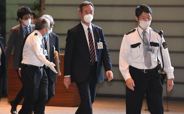 支持率低落 菅首相は学術会議の二つの要望を受け入れるべきだ