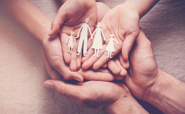 写真・図版 : SewCream/Shutterstock.com