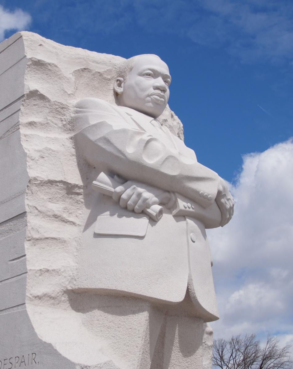 写真・図版 : マーティン・ルーサー・キング・ジュニア記念碑=ワシントン、Life Atlas Photography/ Shutterstock.com