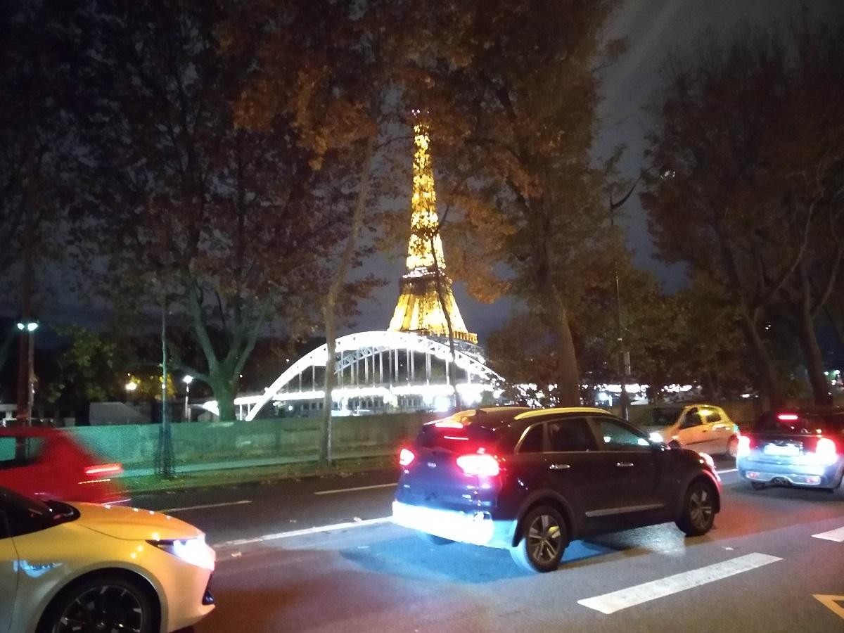 再ロックダウン前日の10月29日は夕方から地方へ脱出する車でパリと近郊で大渋滞ができた
