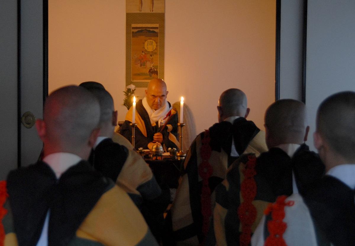 「授戒の儀式」花会式始まる 薬師寺 /奈良県 2007年