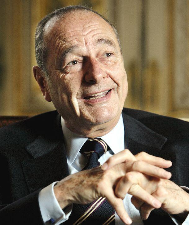 写真・図版 : ジャック・シラク仏大統領=2005年3月22日、パリ・エリゼ宮