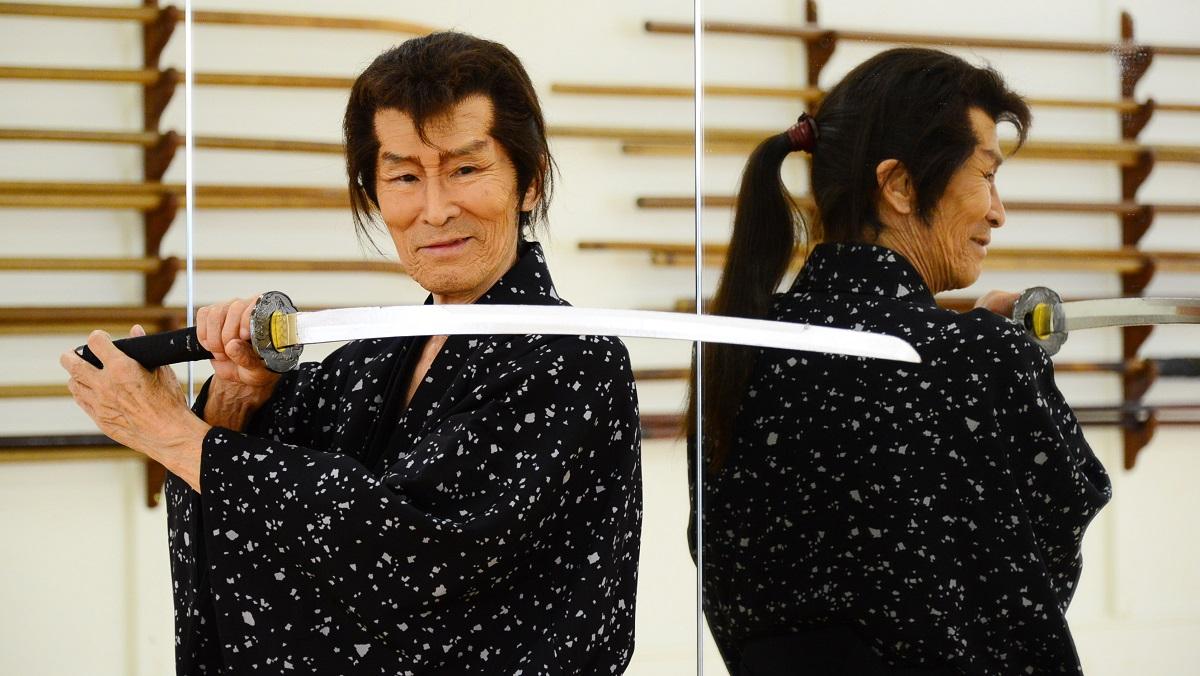 写真・図版 : 福本清三さん(1943-2021)