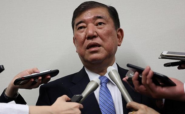 (この期に及んで)石破茂氏をはじめ自民議員は会食をなぜやめられないのか