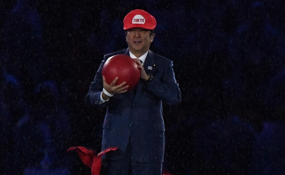 リオデジャネイロ・オリンピックの閉会式で、スーパー・マリオに扮して