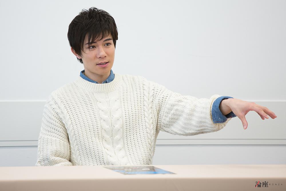 写真・図版 : 柿澤勇人=岸隆子 撮影