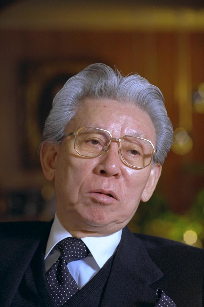 写真・図版 : 東北新社の創業者、故・植村伴次郎氏=1996年2月27日