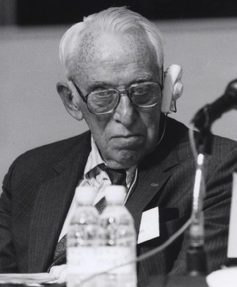 写真・図版 : ジェームズ・トービン(1918-2002)