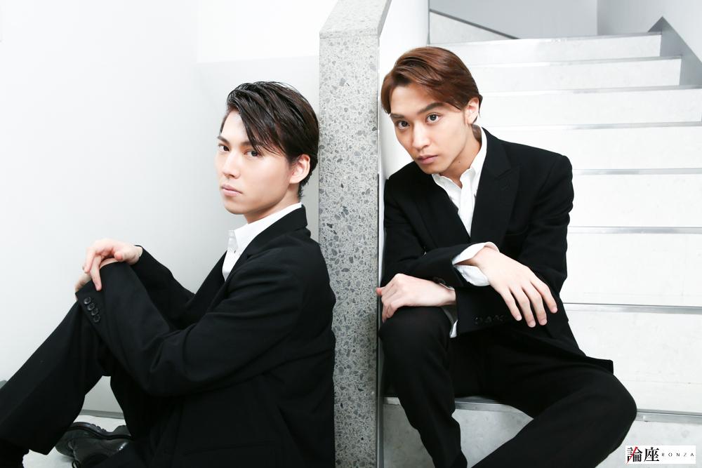 写真・図版 : 松岡広大(右)&山崎大輝=宮川舞子 撮影