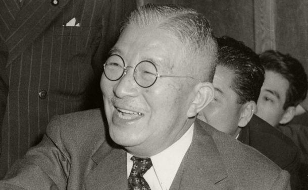 少数派の鳩山一郎はなぜ「一強」吉田茂を倒して政権交代を成し遂げられたのか