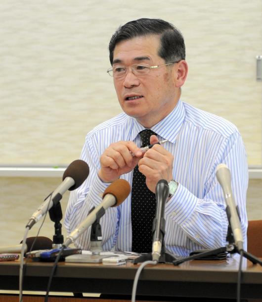 写真・図版 : 飯舘村の菅野典雄村長(当時、2011年撮影)