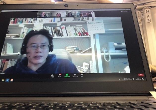 Zoom討論中の白井聡さん