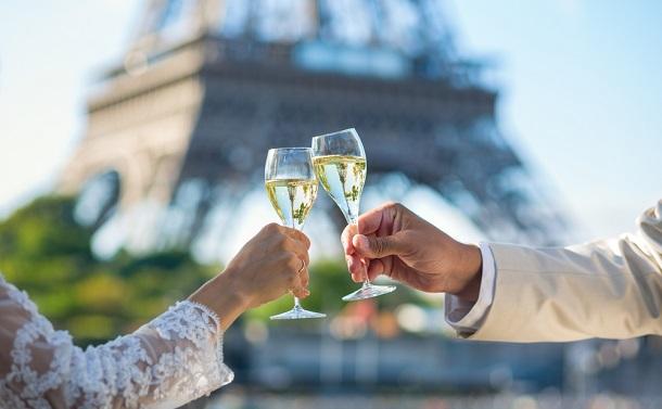 結婚しても「本姓」は出生姓のまま フランス