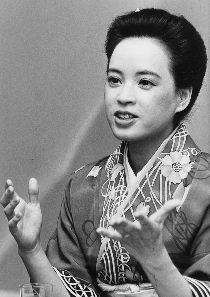 写真・図版 : 阿木燿子=1983年1月