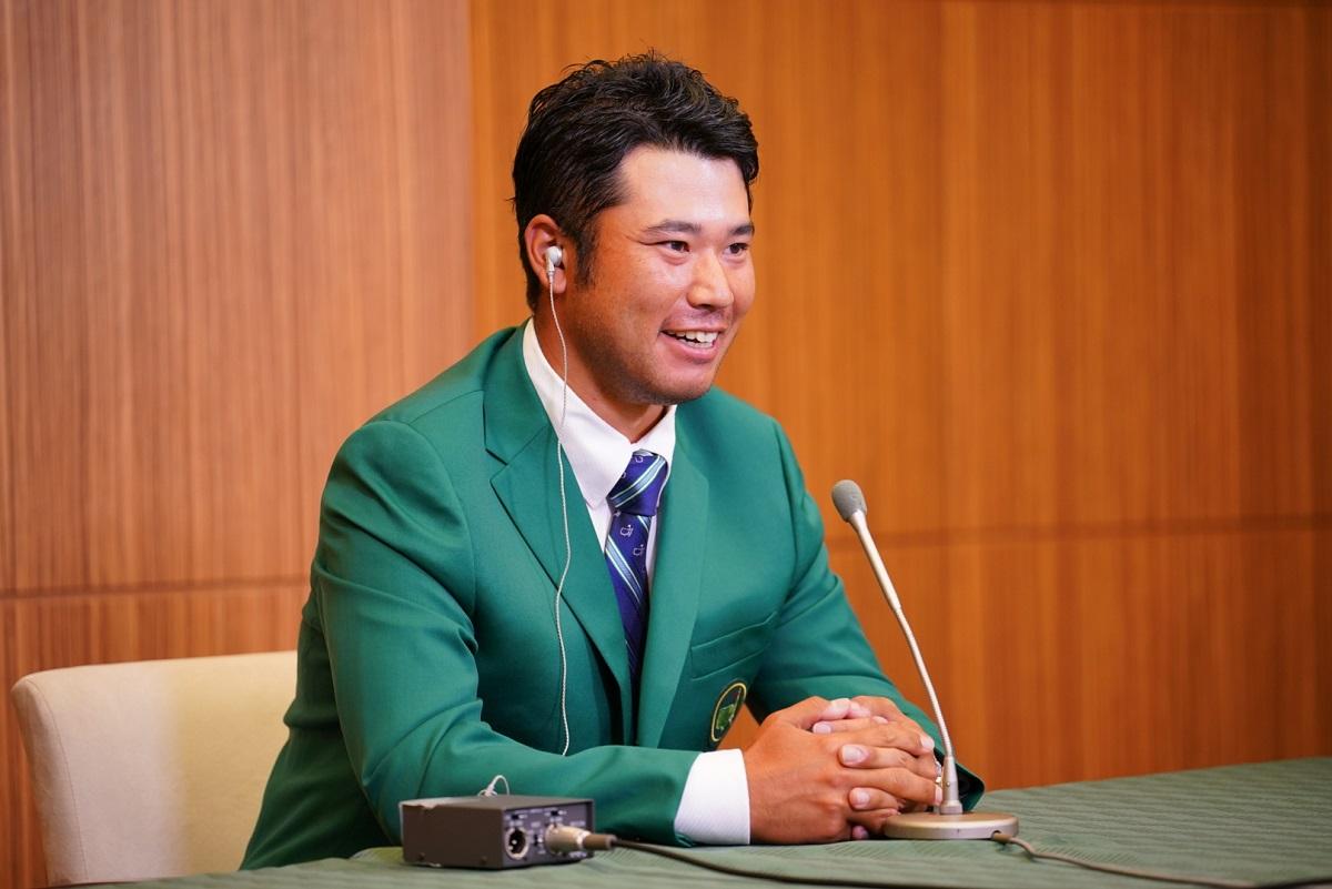 写真・図版 : マスターズに優勝し、オンライン会見に臨む松山英樹選手=2021年4月14日