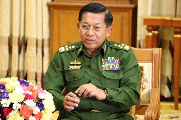 写真・図版 : ミャンマーでクーデターを起こした国軍のミンアウンフライン最高司令官