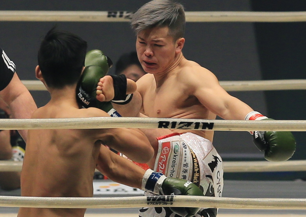 キックボクシングでは無敵の那須川天心。2022年3月に、キックからボクシングに転向する
