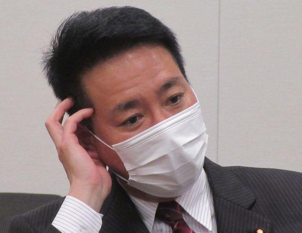 写真・図版 : 前原誠司さん=2021年5月18日、衆議院第一議員会館