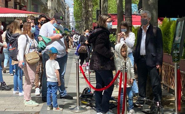 マクロン大統領の東京五輪出席は「蛮勇」か~開催を当然視するフランスの空気感