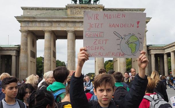 ドイツ憲法裁判所の画期的な判決:世代を超えた正義を実現し、自由を守れ!