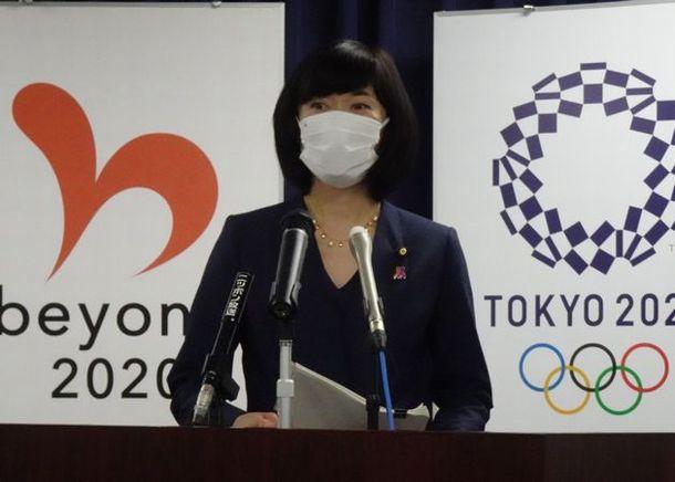 記者会見する丸川珠代五輪相=2021年5月25日、東京都千代田区