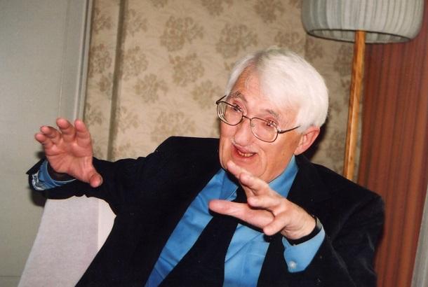 写真・図版 : ユルゲン・ハーバーマス=2004年11月16日