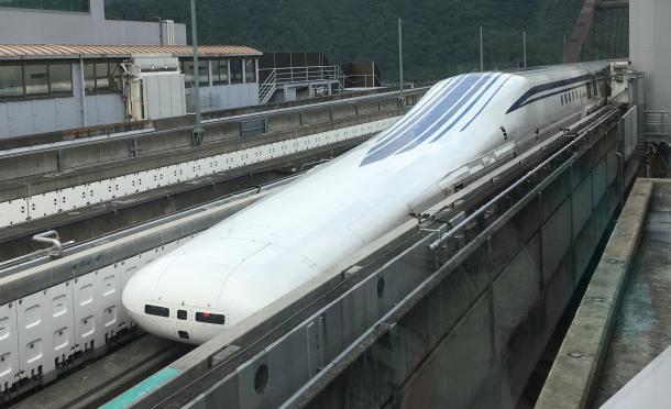 写真・図版 : リニア中央新幹線LO系