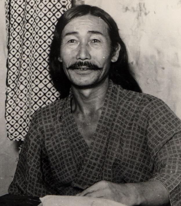写真・図版 : 明治時代から大正・昭和にかけて活躍した演歌師・添田唖蝉坊